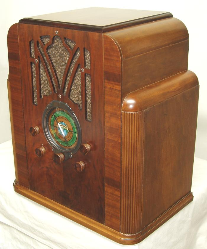 P SPM9837720725 also Tube Radio Schematics further Item furthermore 17509496 in addition Philco Wood Tube Am Radio. on table radios at sears