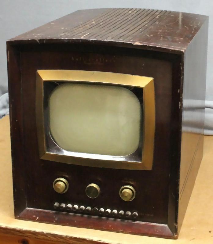 RadiolaGuy.com : Vintage Televisions : Vintage TV\'s for sale
