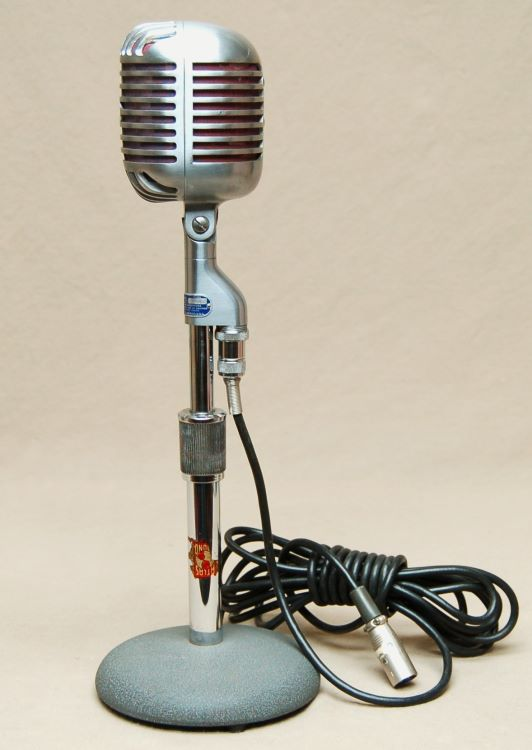 vintage microphones. Black Bedroom Furniture Sets. Home Design Ideas